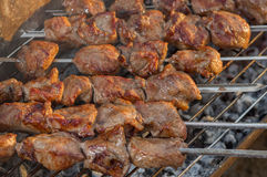 Morceaux d'extérieur cuit de viande de porc Images libres de droits