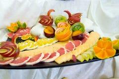 Morceaux de fruit, cygnes de fruit Photographie stock libre de droits
