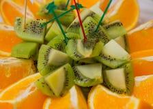 Morceaux de kiwi et d'orange Photo libre de droits