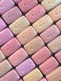 Morceaux de modèle de rendu rose du savon 3d illustration libre de droits