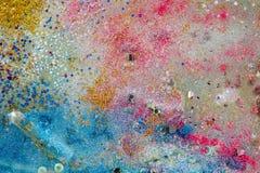 Morceaux et croustillants lumineux colorés de scintillement avec le rose et le miroitement bleu photographie stock