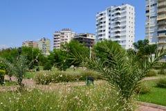 Morden byggnad i Antalia Arkivfoton
