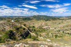 Morella é uma cidade murada antiga situada em uma cume Fotografia de Stock