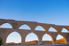 Morella akvedukt i Castellon Maestrazgo på Spanien Royaltyfri Fotografi