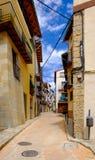 Morella est une ville murée antique située sur un sommet Image stock