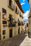 Morella est une ville murée antique située sur un sommet dans le p Photos libres de droits