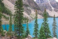 Moren jeziorne skaliste góry Canada Obrazy Stock