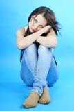Morena graciosa bonita da menina com cabelo longo Imagem de Stock Royalty Free