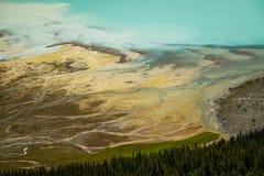 Morena och mer gacier sjödetalj från aearial sikt, Kanada Royaltyfria Foton