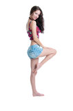 Morenita bonita en pantalones cortos Imágenes de archivo libres de regalías
