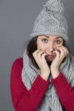Morenita joven desilusionada que parece triste Imagen de archivo libre de regalías