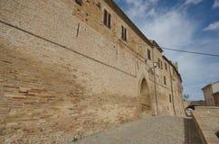 Bezoek in Moresco, Fermo provincie, buitenmuren Stock Afbeelding