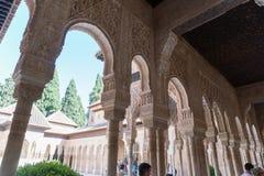 Moresque Verzierungen der Decke von Alhambra Islamic Royal Palace, Granada, Stockbild