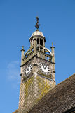 MORETON-IN-MARSH, GLOUCESTERSHIRE/UK - 24 DE MARZO: Torre de madera i Fotos de archivo
