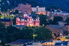 Morgantown céntrico y Virginia University del oeste Fotografía de archivo libre de regalías
