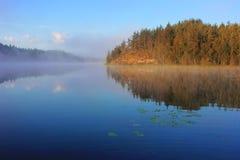 Morgen auf dem See Ladoga Karelien stockfotos