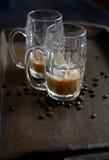 Morgen gefror Kaffee Stockfotos