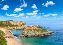 Morgen sandiger Mexota-Strand Asturien, Spanien Stockfoto