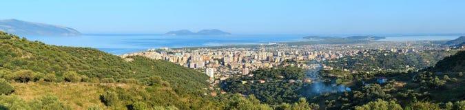 Morgen Vrore-Stadtdraufsicht, Albanien Stockfotografie
