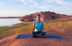 Morgen-Yoga und Meditation Lizenzfreies Stockfoto