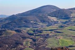 Morgenlandschaft in den Apennines-Bergen lizenzfreies stockbild
