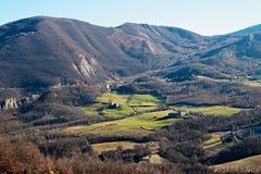 Morgenlandschaft in den Apennines-Bergen lizenzfreies stockfoto