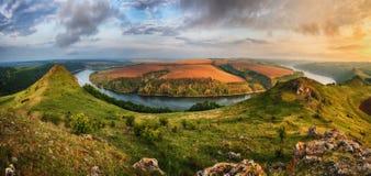 Morgenschlucht des Dnister-Flusses Stockbilder