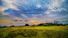 Morgensonnenaufgang in Kap Manzamo-Bereich, Okinawa, Japan stock video