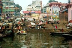 Morgenszene in dem Ganges-Fluss Lizenzfreie Stockfotografie