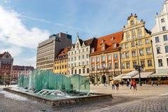 Morgenszene mit Brunnen auf Breslau-Markt Squarel, Polen stockfotos