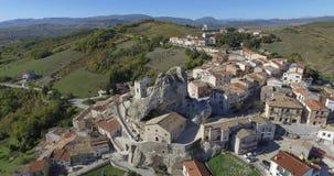 Morgia di Pietracupa - Molisn't Italia almacen de video