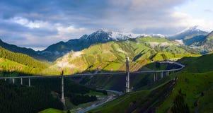 Morgon av den Guozigou bron Arkivfoto
