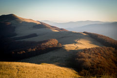 Morgon i berg arkivbild