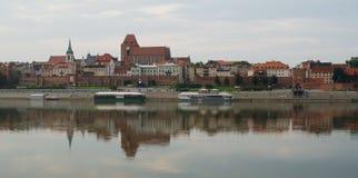Morgon i gammal stad av Torun, Polen Arkivfoton