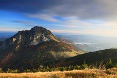 Morgon i Mala Fatra Mountains Arkivfoto