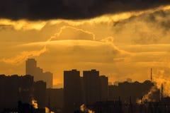 Morgon i staden Arkivfoton
