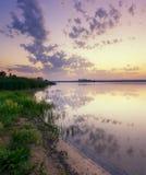 Morgon på floden Royaltyfria Foton