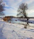 Morgon på floden Royaltyfria Bilder