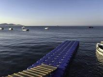 Morgon på skeppsdockan fotografering för bildbyråer