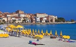 Morgonen färgar, Ile Rousse, Corsica royaltyfri bild