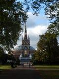 Morgonen joggar, London, UK Arkivbild