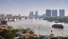 morgonflodsaigon vietnam royaltyfria foton