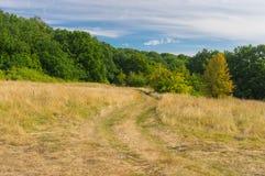 Morgonlandsacpe med landsvägen Arkivfoto