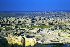 Morgonljus på badlandsna nationalpark, South Dakota fotografering för bildbyråer