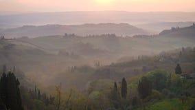 Morgonpanorama av Toscana arkivfilmer