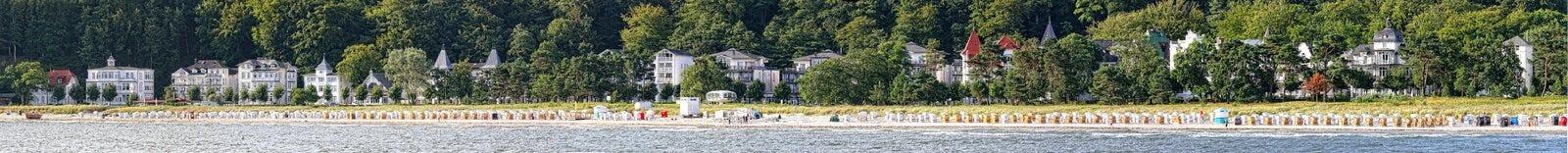Morgonplats på kustlinjen Binz (Ruegen) royaltyfri bild