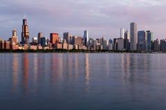 Morgonsikt av den Chicago horisonten, Illinois Arkivbilder