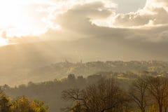 Morgonsikt av den forntida byn Royaltyfri Bild