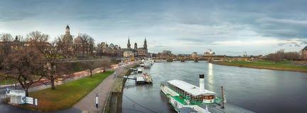 Morgonsikt av Dresden, Tyskland, December 2017 Arkivbild