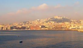 Morgonsikt av hamnen av Naples Royaltyfria Bilder